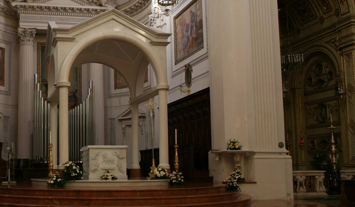 Image of the altar with its ciborium in the Cathedral of San Lorenzo, Trapani, Sicily